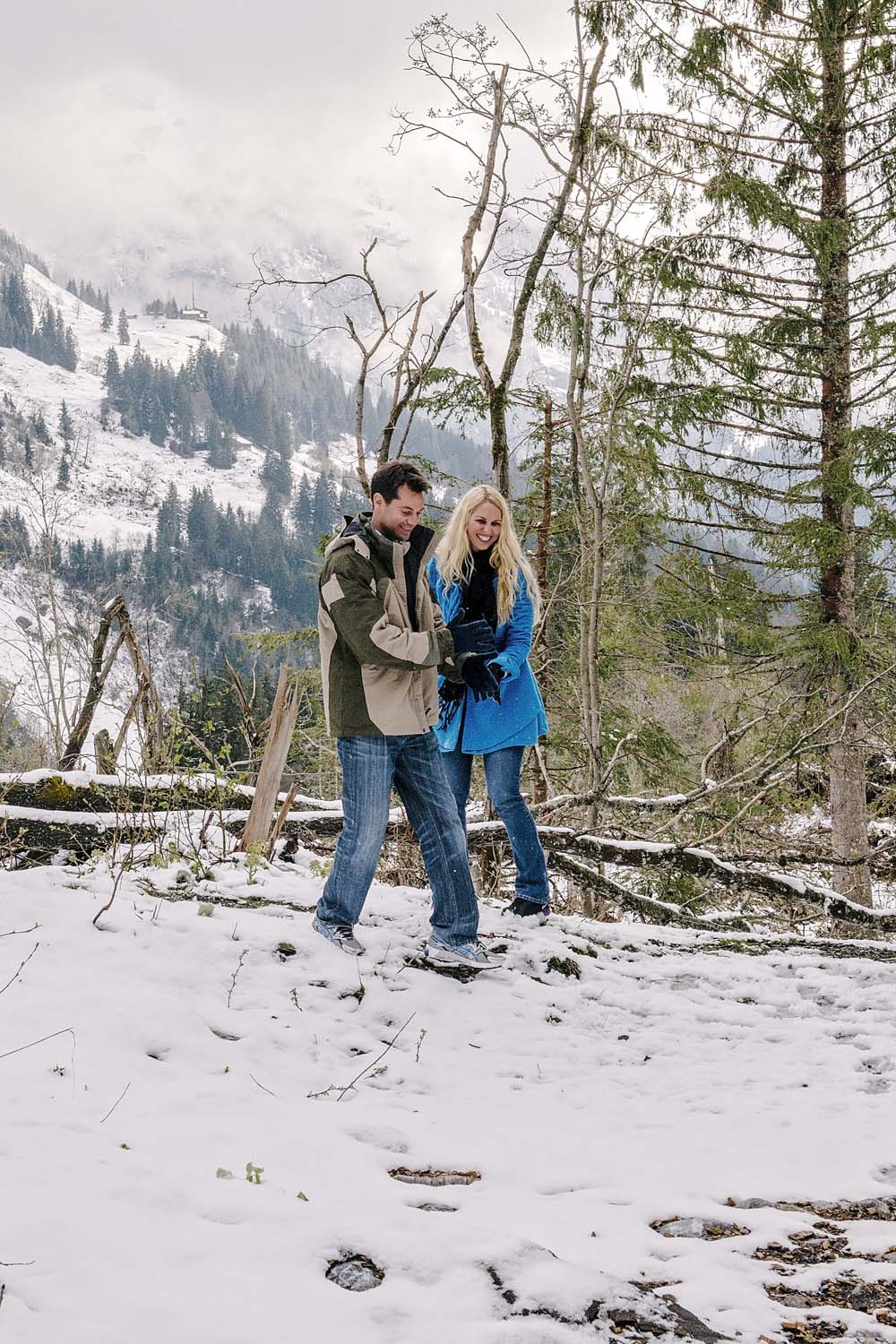 Couple photo shoot in Grindelwald 3