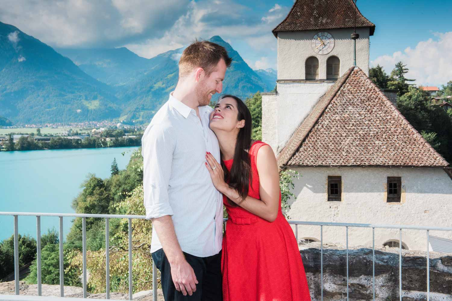 couples photo shoot in Ringgenberg