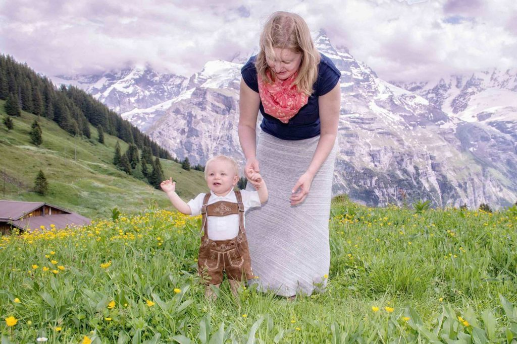 Family photo shoot above Murren