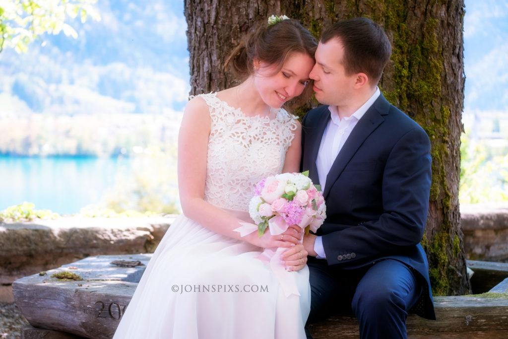 Post wedding photo shoot near Interlaken