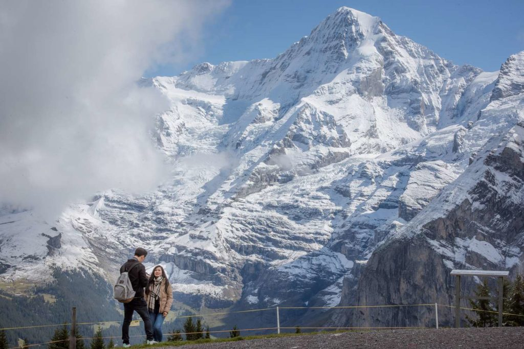 Surprise wedding proposal in Mürren
