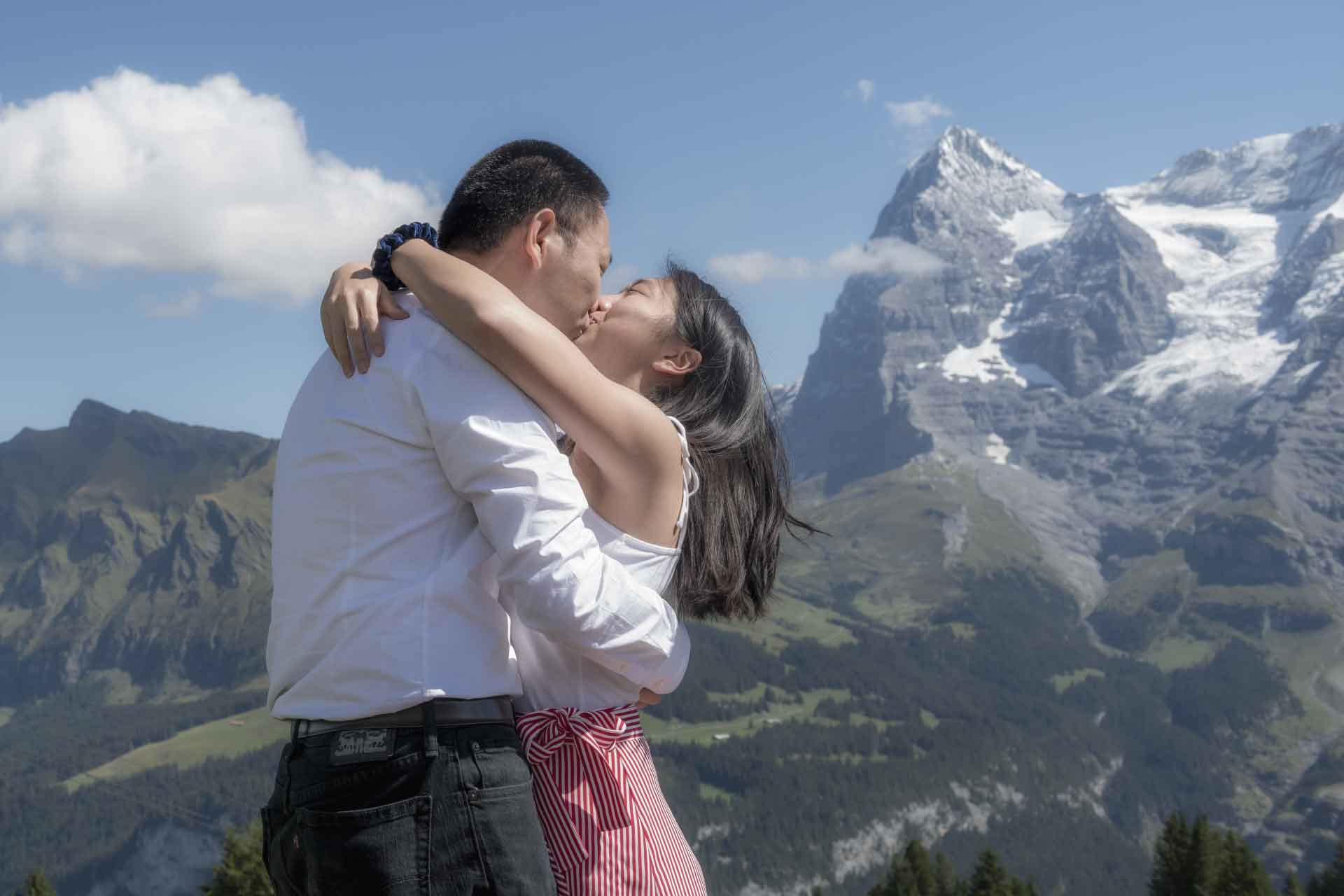Surprise marriage proposal in Murren, Sweitzerland