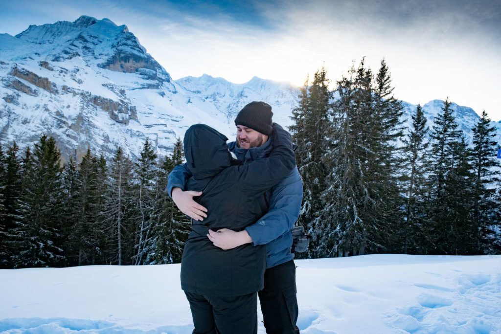 Photographer Surprise Engagement Lauterbrunnen
