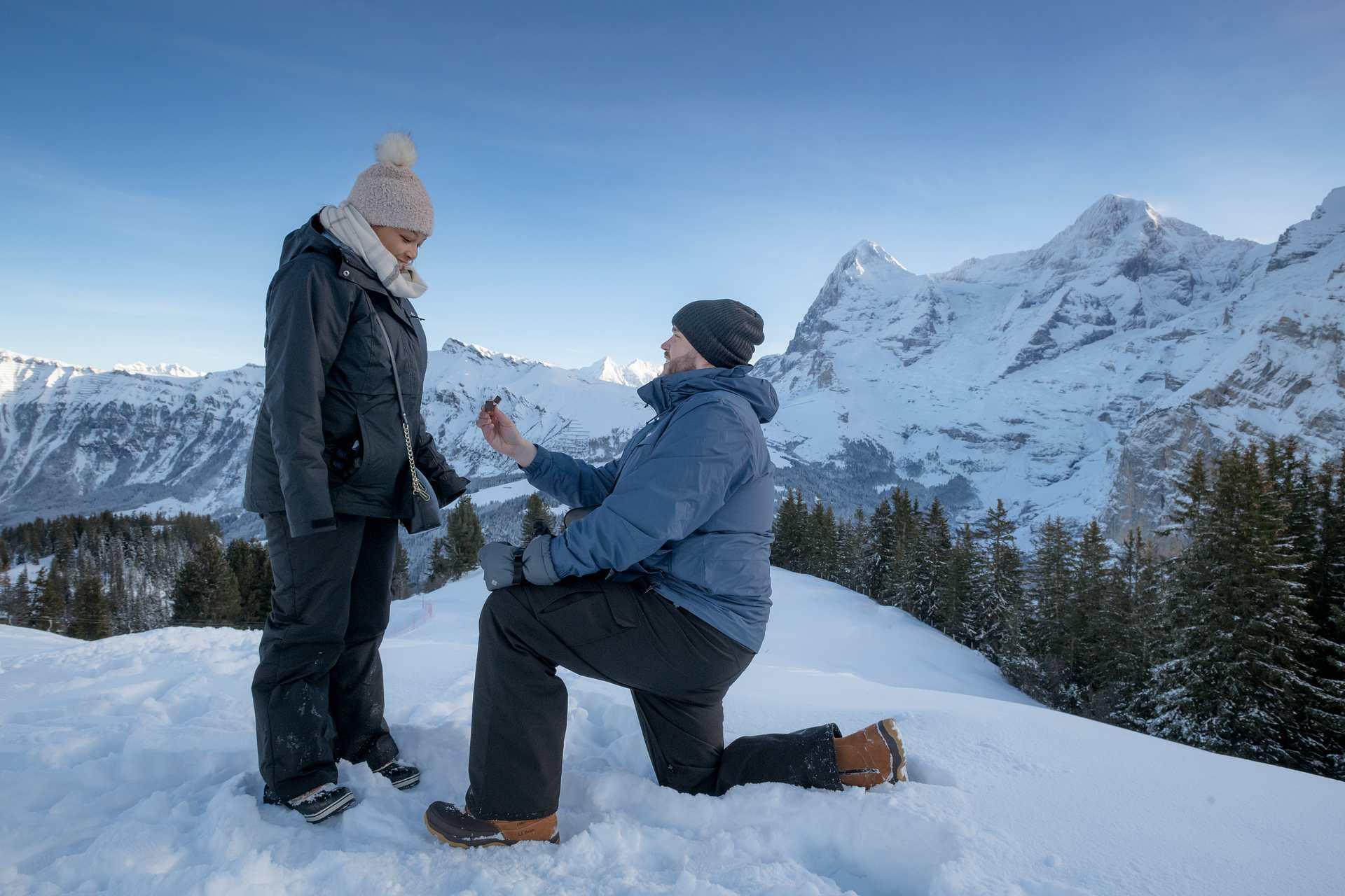 Surprise engagement Lauterbrunnen