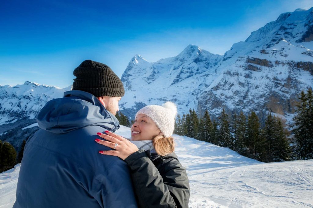 Photographer Surprise Engagement Mürren