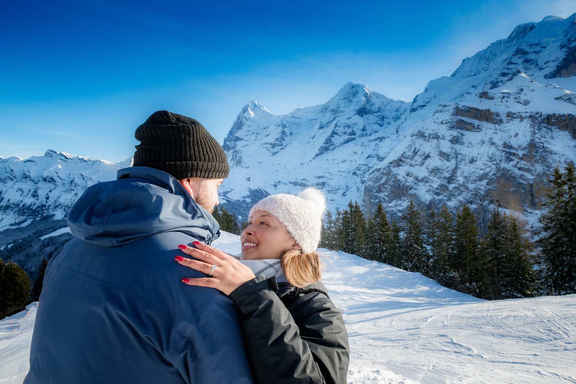 Photographer Surprise Engagement Mürren