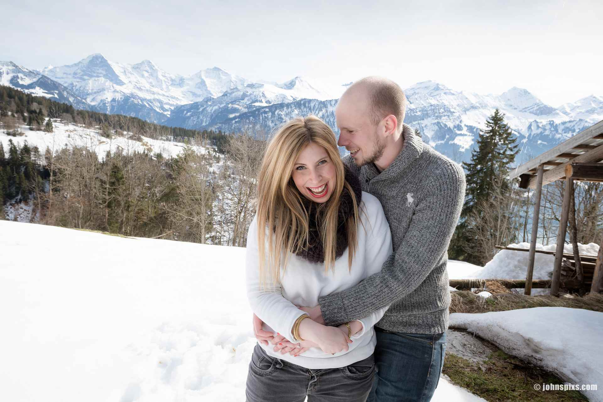 Couple photo shoot in the snow