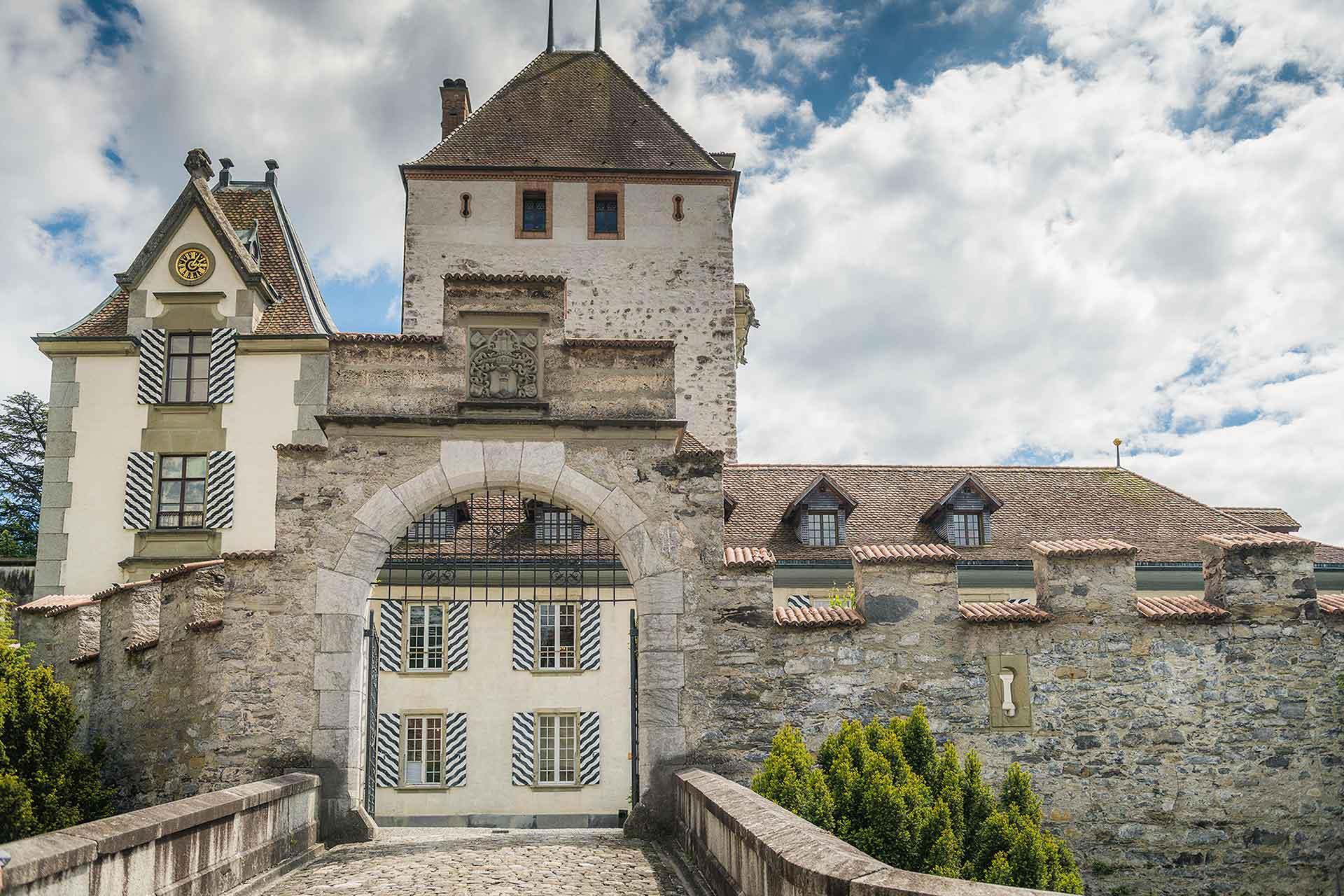 Oberhofen Castle, Schloss Oberhofen