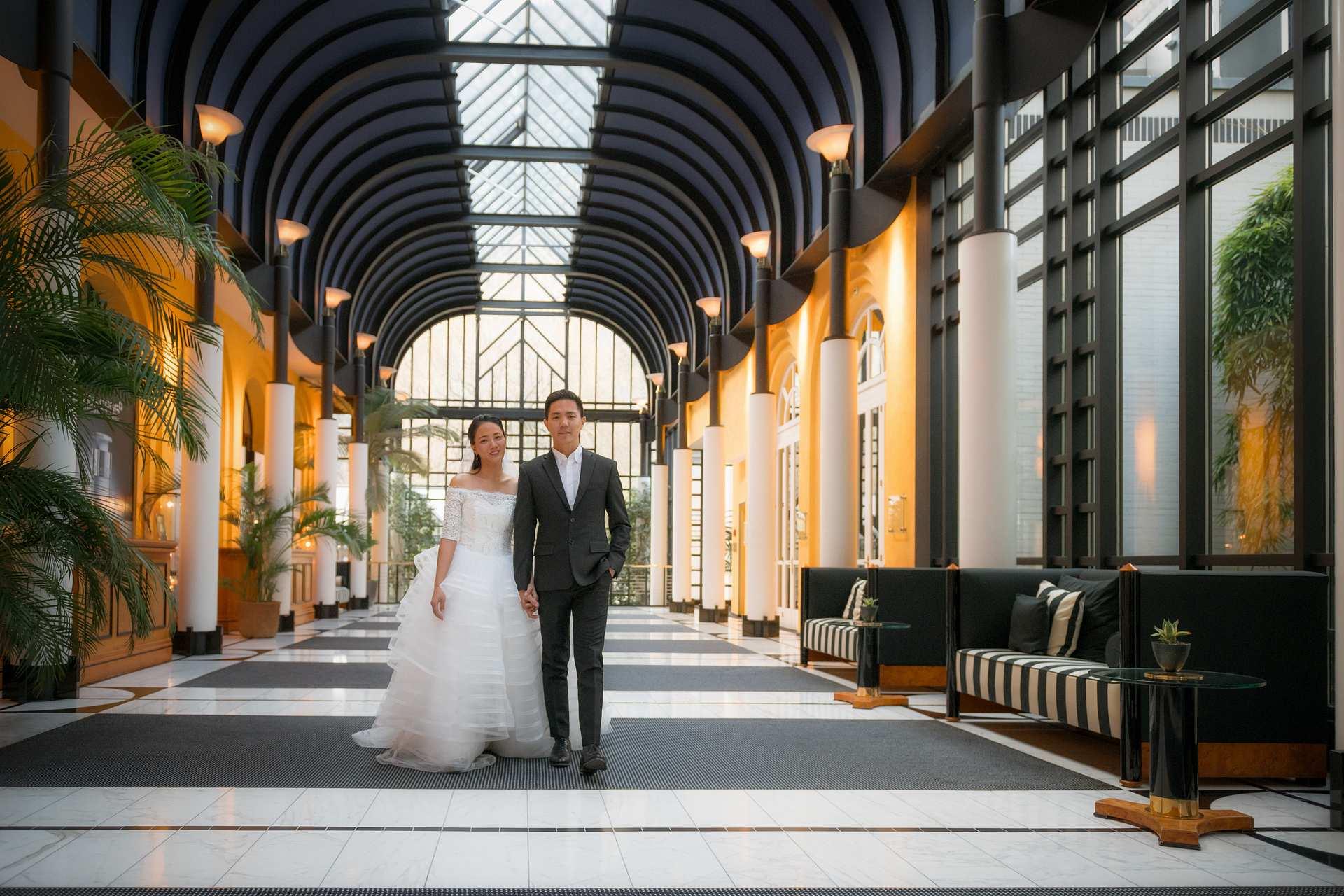 Wedding photos in Vicotira Jungfrau Hotel