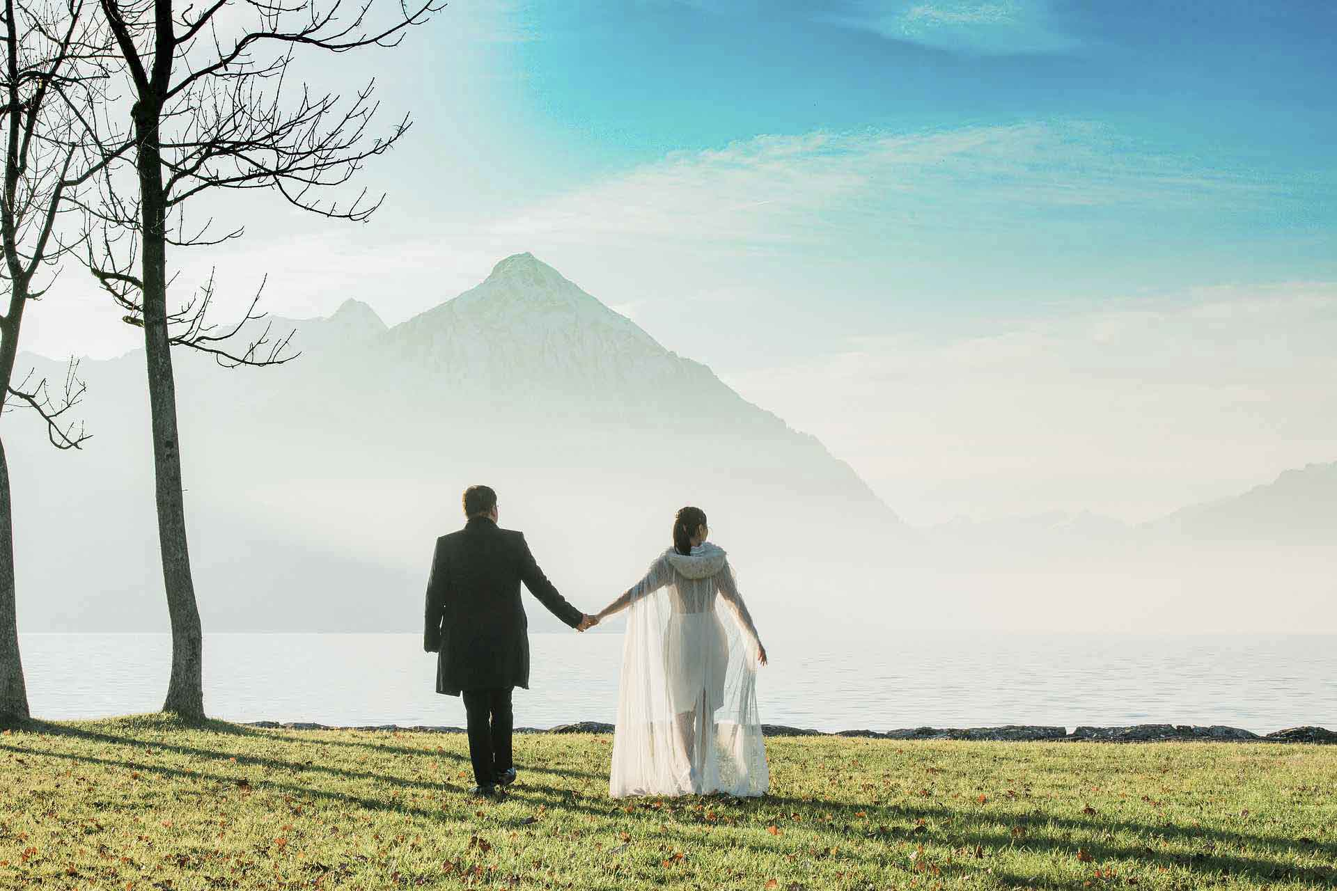 Couples photo shoot by Thunersee lake