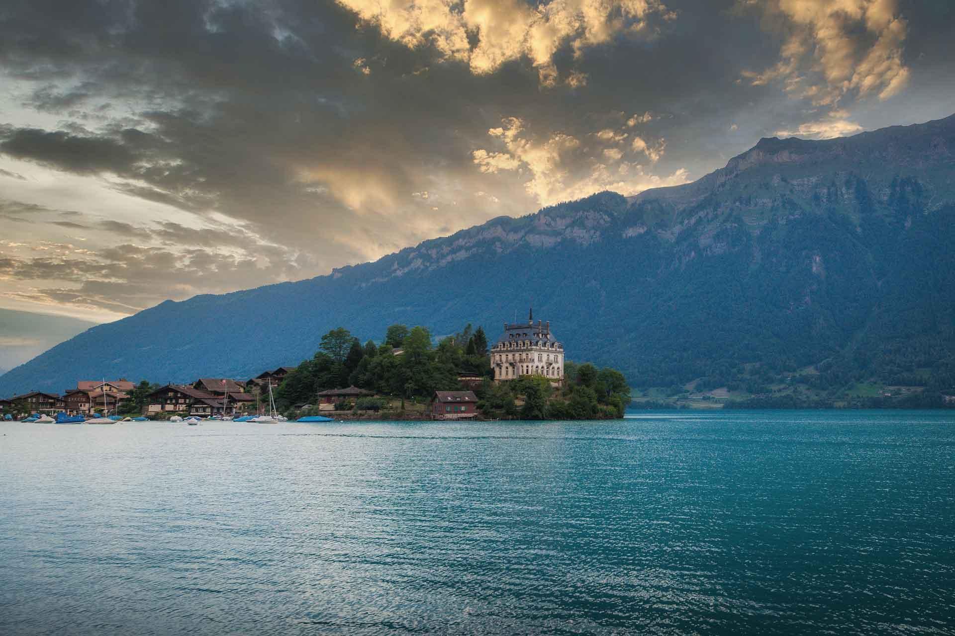 Interlaken Photo Tour 1 - Brienz, Giessbach Iseltwald