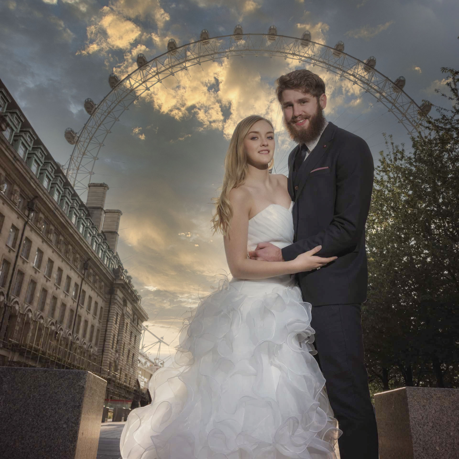 Wedding photos at the London Eye