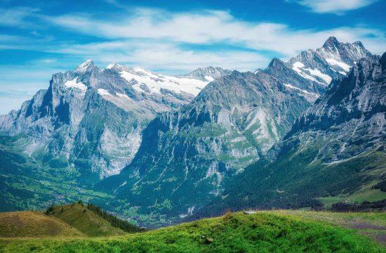 Männlichen mountain pictures, Lauterbrunnen photographer John WisdomMännlichen mountain pictures, Lauterbrunnen photographer John Wisdom