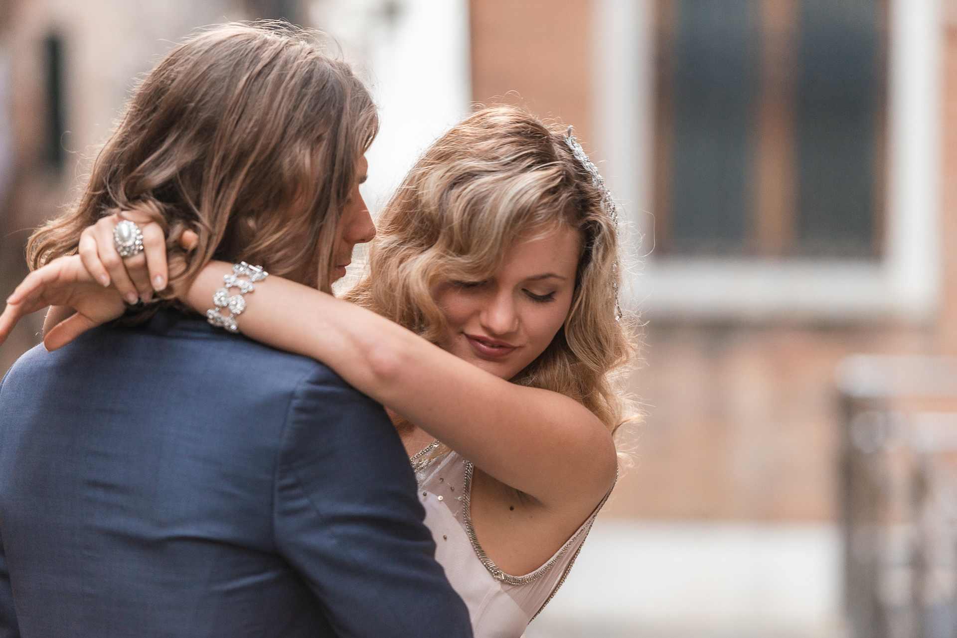 Italian couple photo shoot in Venice